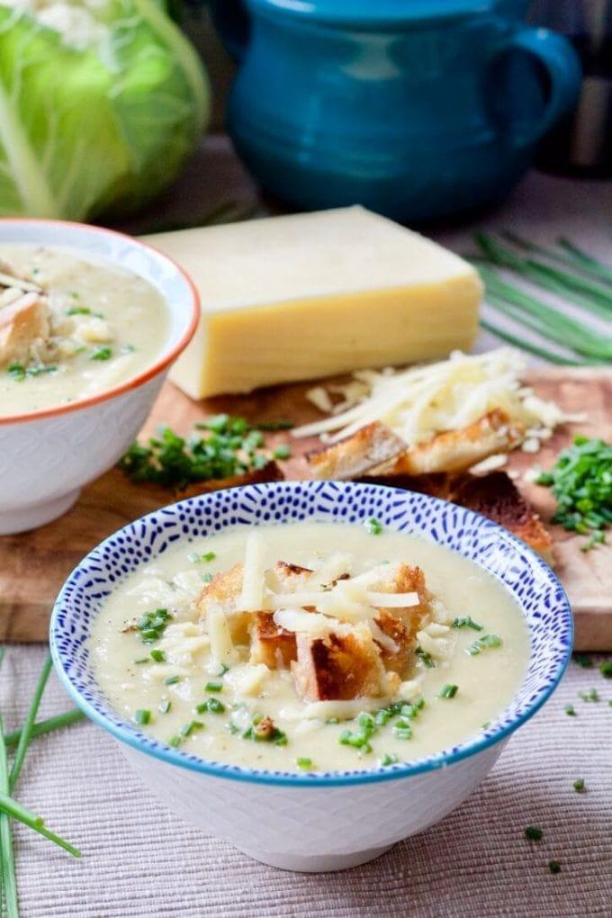 Instant Pot Creamy Cauliflower Cheese Soup