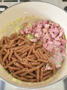 One Pot Leftover Ham and Pea Pasta