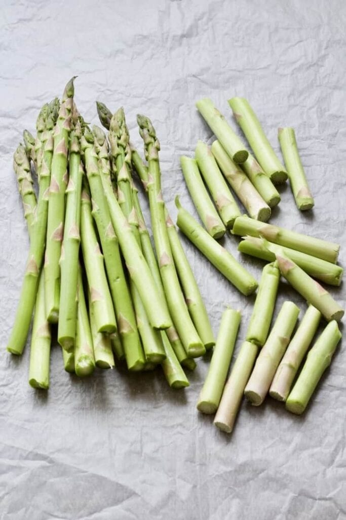 asparagus spears and snapped ends