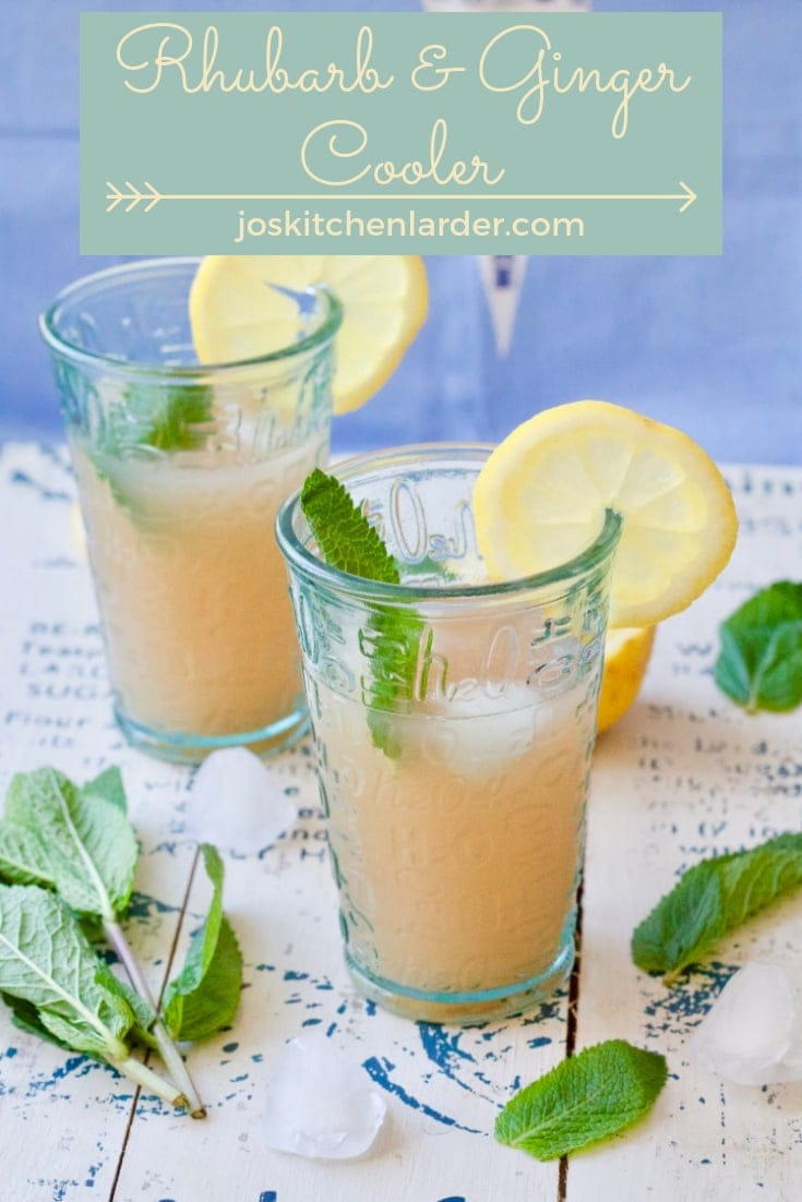This Rhubarb & Ginger Cooler is a refreshing soft drink perfect for keeping you hydrated on those hot Summer days. Serve well chilled with mint & lemon! #rhubarbdrink #rhubarbcooler #softdrink #rhubarblemonade #Summerdrink