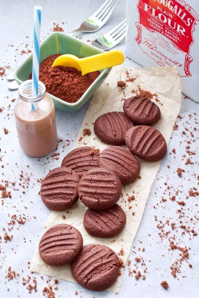 Baked biscuits with crumbs, chocolate milk and cocoa powder.