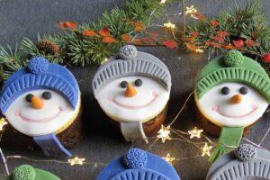 3 snowman cakes.